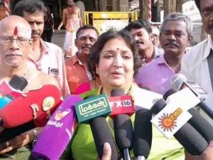 காஞ்சி காமாட்சியம்மன் கோயிலில் லதா ரஜினிகாந்த் யாகம்!