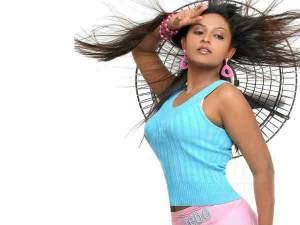 Exclusive: 'விஜய் பற்றி தவறாக பேசினேனா'... நடிகை அக்ஷயா விளக்கம்!