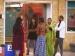 நான் தான் ஃபர்ஸ்ட், இல்லை நான் தான் ஃபர்ஸ்ட்: மோதிக் கொள்ளும் யாஷிகா, ஜனனி
