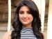 அத்திம்பேரிடம் செருப்புக்கு ரூ. 36.4 கோடி கேட்கும் நடிகை: இதெல்லாம் டூ டூ மச்